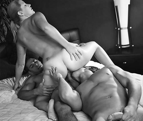 Секс пара с мужчиной фото